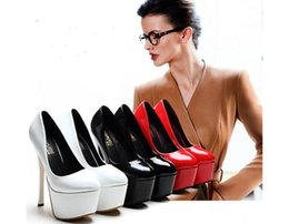 Us size:4-8 The new winter high with sexy and patent leather shoes Spike waterproof single shoes fashion female marriage