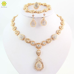 Jewelry Set For Women Fashion Clear Crystal Wedding Gold Plated Necklace Earrings Bracelet Rings Sets Costume Accessories