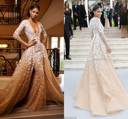 Long Sleeves Zuhair Murad Evening Dresses Sexy Deep V Neck Appliques Tulle Champagne Tan Red Carpet Celebrity Dresses Formal Gowns