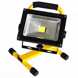 Wholesale 2016 New W LED Flood Light Portable Rechargeable MAGNET FOOT Flood Light Lamp V IP65