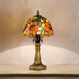 Wholesale Tiffany colorized stained pastoralism table lamps lampsahde rural desk lamp handiwork light Mediterranean Style decoration for home