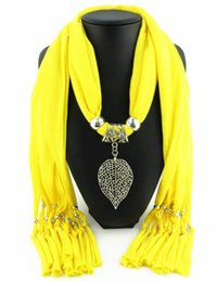 Newest Cheap Fashion Women Scarf Direct Factory Jewelry Tassels Scarves Women Alloy Leaf Necklace Scarf From China