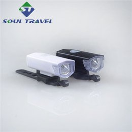 Wholesale Soul Travel Bicycle Light Lumens USB Front Rechargeable Battery Waterproof Cycling Bike Light Night riding equipment