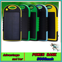 Wholesale NEW mAh universal USB Port Solar Power Bank Charger External Backup Battery With Retail Box For iPhone iPad Samsung cellpPhone charger