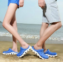 Wholesale hot sale NEW unisex Duet Sport clog Sandals men women s classic casual beach flipflop Outdoor sports slipper Garden slippers free ship
