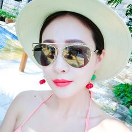 Gafas de diseño fresco en Línea-Nuevo llegado 2016 nuevo abrigo del ojo de gato de revestimiento Gafas gafas de moda de la vendimia gafas de sol frescas de las mujeres de los hombres de la marca del diseñador oculos