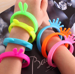 Wholesale Silicone mobile phone frame Bracelet universal Bumper Case Silicone Frame Wrist Hair Band Anti knock ring case decoration Circle Rabbit Ear