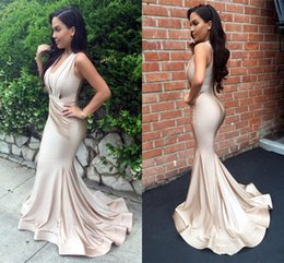 New Light Champagne Mermaid Evening Dresses V Neck Pleats Prom Dresses Sweep Train Zipper Back Formal Prom Party Gowns