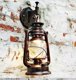 Wholesale Lighting Vintage Edison Barn Lantern Iron Kerosene Lamp Oil Light Wall Aisle Red Copper Color Industrial