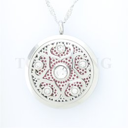 Wholesale New mm Magnetic Stainless Steel Plum Blossom Aromatherapy Diffuser Necklace Essential Oil Pendant free felt pads locket only