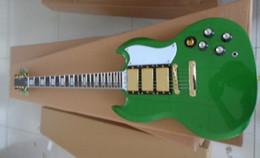 Nuevo llegan el estilo del SG de encargo, tapa verde, cuerpo de caoba con 3 pastillas Guitarra eléctrica desde cuerpo sg proveedores