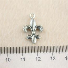 30Pcs 23*14mm antique Silver Tonefleur de lis Charms Zinc Alloy DIY Handmade Jewelry Pendants Wholesale