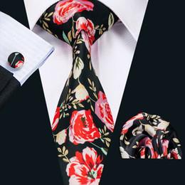 New Style Mens Printed Ties Red Flower Pattern Floral Black Business Wedding Silk Tie Set Include Tie Cufflinks Hankerchief N-1253