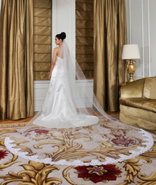 Top Fashion In Stock Simple White Ivory Bridal Wedding Veil Beautiful Lace Edge Applique Cathedral Veils With Comb