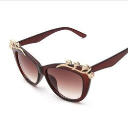 Wholesale Fashion metal sunglasses decorated with diamonds Ginkgo biloba wild Ms UV sunglasses new tide