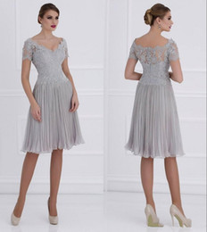 New Design Short Silver Mother of the Bride Dress Short Sleeve V Neck Lace Chiffon Knee Length Women Party Gowns Custom