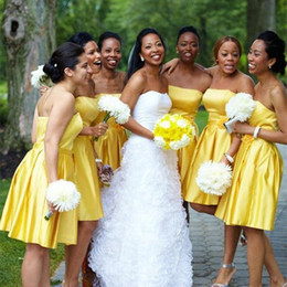 Wholesale 2017 New Fashion Strapless Knee Length Bridesmaid Dress Yellow Stain With Flower Sashes Junior Gril Party Gown For Weddings
