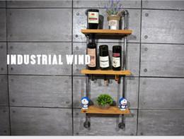 2017 bastidores de almacenamiento de vino 9 agujeros Creative Wine Rack titulares Inicio barra de la pared de la uva botella de vino Display Stand Rack Cocina Organizador de almacenamiento FJ-ZN1D-019A0 bastidores de almacenamiento de vino baratos