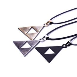 3 colors ZELDA Legend Of Zelda necklace princess bronze black Triforce Zelda Triangle denpants fashion jewelry for men women 161182
