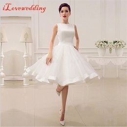 Cheap White Short Graduation Dresses 2017 Sleeveless A-Line Knee-Length Satin Homecoming Dresses with Bow Under 100 Prom Party Dress