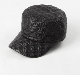 Wholesale Men s Winter Casual Handmade Genuine Leather Trucker Hats High Quality Sheepskin Leather Outdoor Flat Baseball Cap