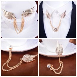 Men's diamond corsage brooch badge Korea angel wings suit upscale chain pin buckle collar pin female retro badge