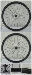 Compra Online Acabado mate-La mejor calidad V formó las ruedas enmasilladas en forma de v del carbón del remache del remachador 3k del carbón de la bicicleta del camino del borde de 50m m formó el envío libre de las ruedas