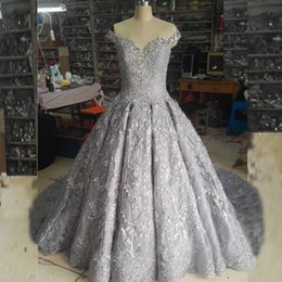 Real Pictures Ball Gown Bling Wedding Dress Luxury White Ivory Silver Off the Shoulder Crystals Beads Lace Appliques Bridal Gown Court Train