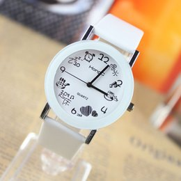 Simple Lady Watches Band Leather Sport Man Round Dial Quartz Mens Watch Sweet Cute Casual Fashion Watch for Woman