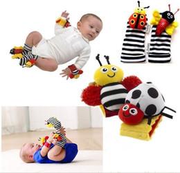 Chaussettes lamaze hochet en Ligne-2000pcs Nouvelle arrivée Lamaze poignet hochet pied finder jouets pour bébé hochet de bébé chaussettes Lamaze bébé Hochet Chaussettes et bracelets
