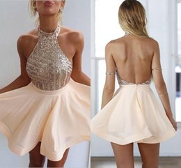 2018 Cheap Blush New Peach Halter Neck Homecoming Dresses Blingbling Sequins Bodice Backless Chiffon A-line Short Prom Evening Gowns