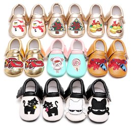 Wholesale Christmas baby shoes tree spiderman Christmas bell embroidery moccasins tassels infants brand PU leather boy girl shoes European USA gifts