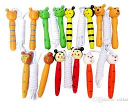 Compra Online Animales libres-Los niños de los cabritos de madera de la manija que salta la cuerda El zoológico colorido animal de la historieta cifra la calidad a estrenar Envío libre