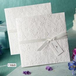 Fashion White Personalized Laser Cut Hollow Customized Free Printing Wedding Invitation Cards with Envelopes & Seals with Ribbon
