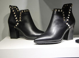 vogue~ high quality~ u479 40 genuine leather rock stud pointy thick heel ankle short boots black pointy