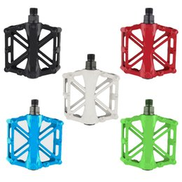 Wholesale 1 Pair Hot Bicycle Pedals Mountain Bike MTB Road Cycling Alloy Vintage Bearing BMX Ultra light Platform Pedal Color