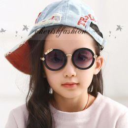 Wholesale Fashion Luxury Brand Designer Kids Round Sunglasses Children Girls Cute Mirror Baby UV400 Mirror Kawaii Circle Diamond Sun Glasses M94 B