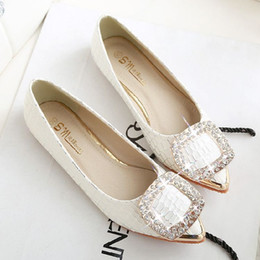 Rhinestone Buckle flat shoes leather shoes size small Peas female age 41-43 large size shoes spring shoes shoes scoop ship