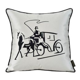 Wholesale Cushions Home Decor Emoji Pillow Almofadas Almofada Rushed Embroidery Tapestry Square Carriage Polyester Luxury Custom made Pillow Cushion