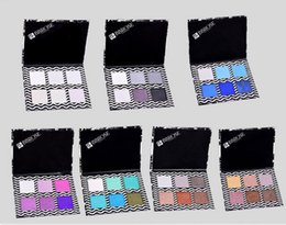 Wholesale hit color eye shadow Three layers of eye shadow pearl market install dish of neutral packing