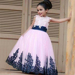 Lovely Girl Pageant Dresses Vintage Navy Blue Lace Appliques Floor Length Long Formal Blush Pink Flower Girl Dress for Wedding Party