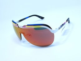 Wholesale Solar Men and women sport the latest trends in fashion and casual style sunglasses