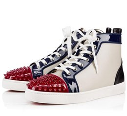 Wholesale Fashion brand Red Bottom Sneakers high top women and men sneakers Genuine Leather fashion casual shoes with Rivet spike chaussures femmes