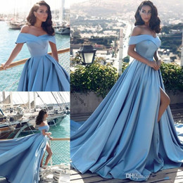Cheap Arabic Light Blue Formal Prom Dresses 2019 Modern African Elegant Off The Shoulders Front Split Popular Evening Prom Gowns
