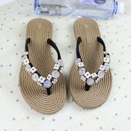 Wholesale Sandal Handmade Leather Women - 2016 Summer New Diamond Flat Sandals Handmade Beaded Flip Flops Diamond Anti-skid Flip Flops Women's Fashion Shoes Free Shipping
