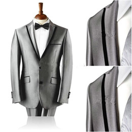 Real Picture Groom Tuxedos Peak Lapel Meilleur Homme Costume Silver Grey Groomsman / Bridegroom Wedding / Prom Suits (Veste + Pantalon + Cravate + Girdle) à partir de fabricateur