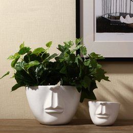 Wholesale Pure Handmade Porcelain Three Size Face Shape Vases Interior Design Pot Luxury Modern Style Decorative Ceramic Art Vase White Color Home Déc