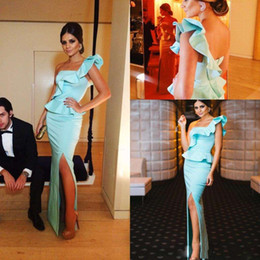 2016 New Cheap Prom Dresses One Shoulder Ice Blue Satin Sheath Long Evening Dresses Ruffles Side Split Arabic Peplum Formal Party Gowns
