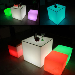 Wholesale 50 CM LED Luminous Cubic Stool Seat Home Outdoor Decoration LED Light Color Changing Cube Table Furniture