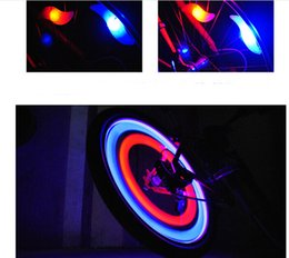 Wholesale 4 colors waterproof bike wheel light cool light at night types light mode willow shaped bicycle light